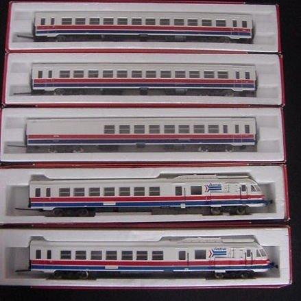 building amtrak loco kits